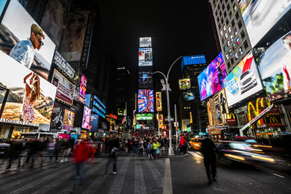 Picture of Times Square for blog about traditional vs. digital media buying